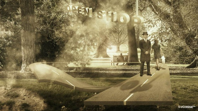 Hotel concierge standing in the park - 公園内に立つホテルのコンシェルジュ SKU: li-0011